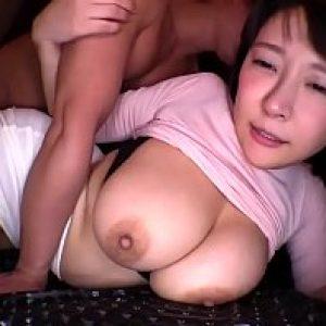 หนังXXXญี่ปุ่น รักสาวนมใหญ่ เย็ดให้หลายท่า ควยใหญ่ได้หลายดอกบอกรักผัว